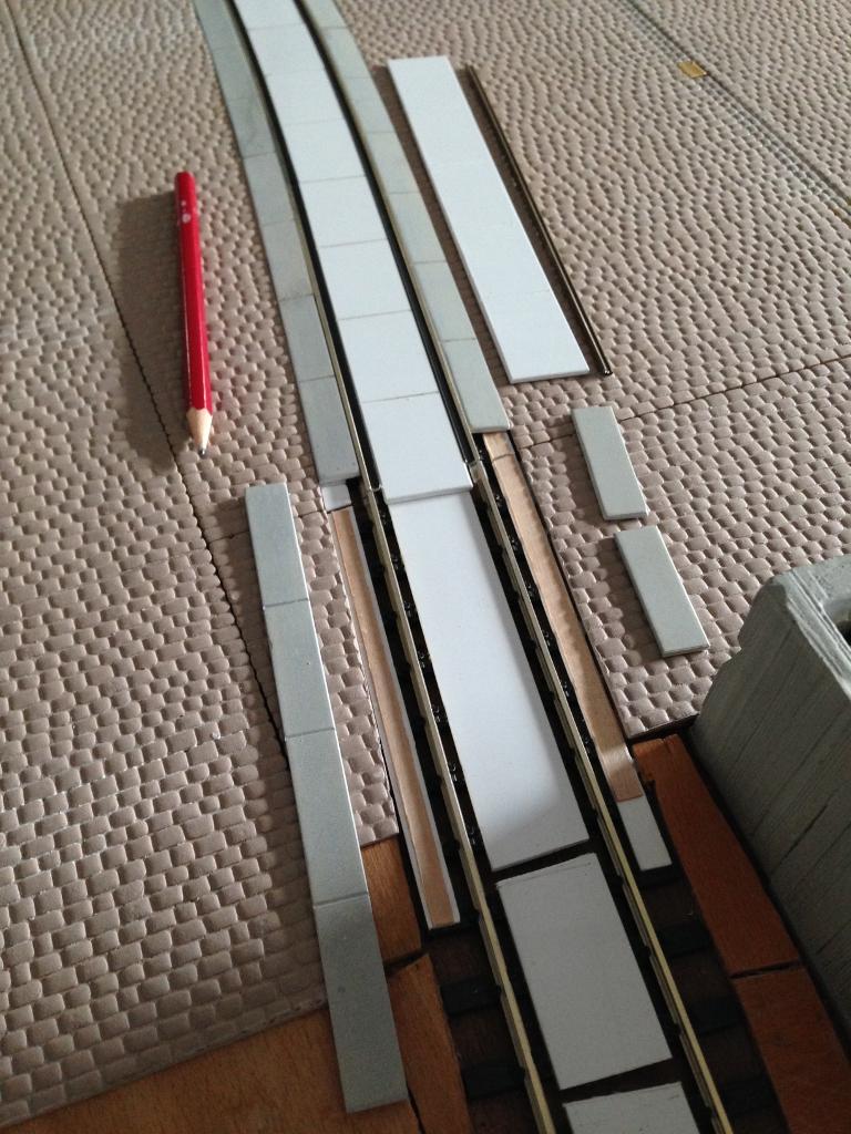 Betonplatten-Seitenstreifen